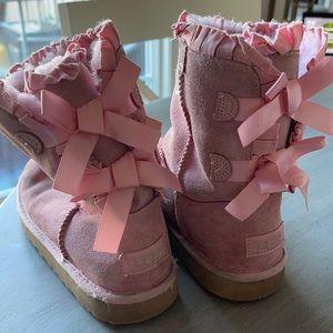 Girl Pink Ugg Boots